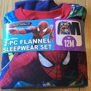 Marvel 2-piece boys set size 12Months NWT!